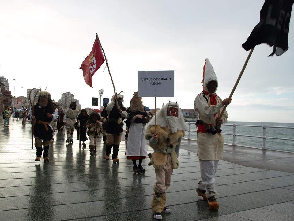 desfile Gijon 2