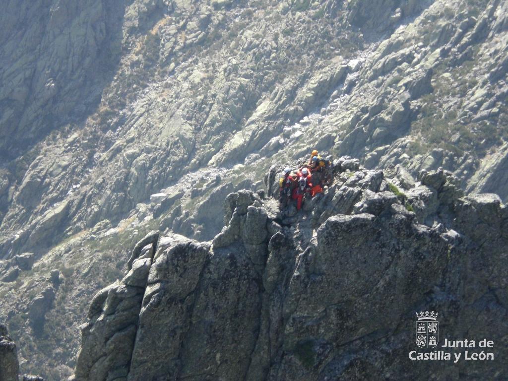 escalador lesionado en el Pico de la Aguja Negra